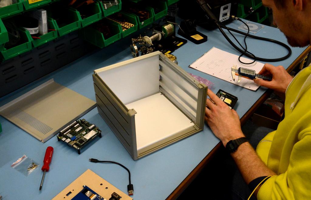 Assembling the Intel SDR IoT demonstrator